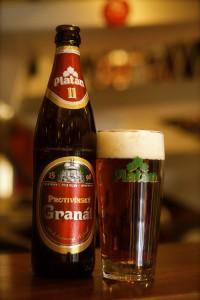PlatanOl DavidK 03182014 Edit 081 200x300 Godt øl, finder man på alle gode steder.